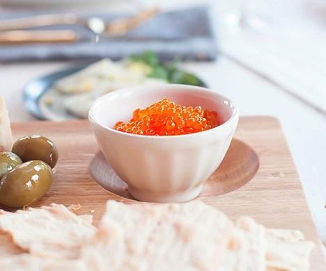 FLASH SALE! Save 10% Off Ikura Keta Salmon Caviar (Roe) 17 oz. tray & Get Free Shipping!