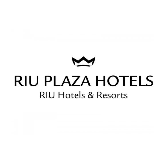 Riu Plaza Logo